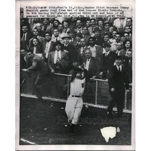 1949 Press Photo New York Yankees 1st Baseman Tommy Henrich - nes00905