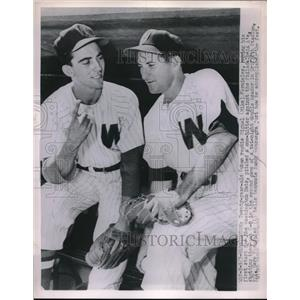 """1962 Press Photo Miguel """"Mike"""" Fornieles and Sandy Consuegra of Nationals"""