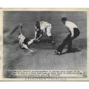 1948 Press Photo Chicago's Baker out at 2nd vs Webb of A's. Ump is Ed Rommell