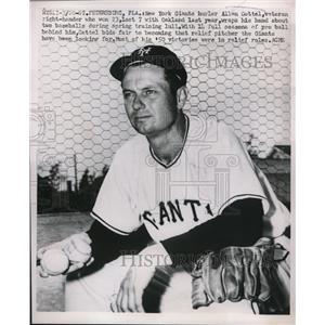 1951 Press Photo Allen Gettel Pitcher New York Giants Spring Training Florida