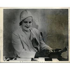 1934 Press Photo Juanita Hansen, Home for Addiction Illness, Oakland, California