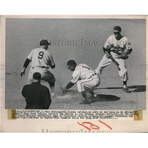 1950 Press Photo Wes Westrum, Giants, Roberto Avila, Cleveland Indians