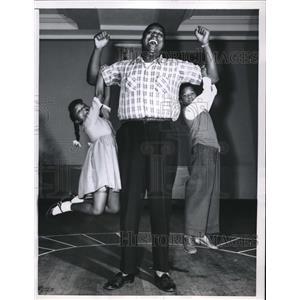 1957 Press Photo John McCurry with Vaughn Fubler & Allen in The Green Pastures