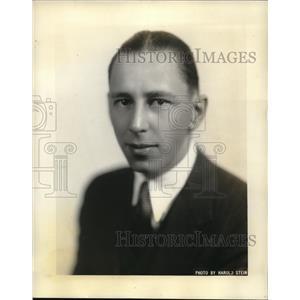 "1931 Press Photo ""Hack"" Wilson as Ghost Announcer on Royal Vagabonds Program"