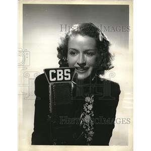 """1937 Press Photo Actress Rosemary De Camp in """"Dr Christian"""""""