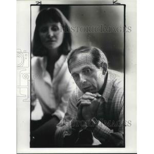1984 Press Photo Tom Bunn, Co pilot PanAM teaches the class - cva02914