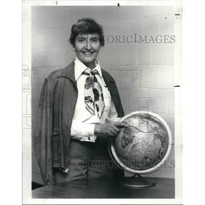1987 Press Photo Mrs. Ecky Broad as Amelia Earhart