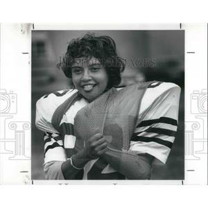 1989 Press Photo Wanda Ballou, female football player at Brookside HS