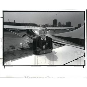 1987 Press Photo Pat Baron, Co-Owner of Barons Aviation