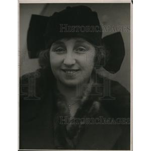 1923 Press Photo Miss Edwina Barry, American Actress