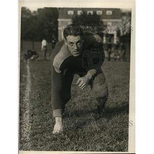 1928 Press Photo Beryl Follett, N.Y.U. Football Team Halfback, Posing for Camera