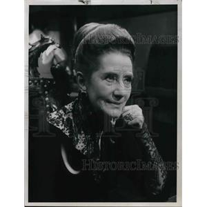 1967 Press Photo Lynn Fontaine as Anastasia on Hall of Fame Friday - orp13848