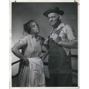 1970 Press Photo Deborah Dozier and Harvey Giffin in Tobacco Road - orp13479