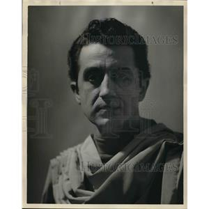 1955 Press Photo Manuel Golemis portrays the Ghost in Hamlet - orp15049