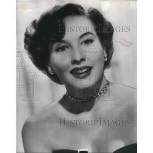 1954 Press Photo Actress Penny Edwards announces retirement - orp13747