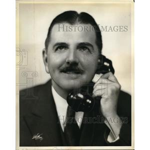 1932 Press Photo Nick Dawson in WABC Columbia series Magig Voice