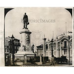 1927 Photo Prace de Batalha and Pedro V Statue Town Oporto Portugal
