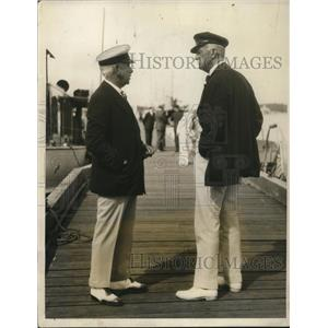 1931 Press Photo George Pynchon & E Walter Clark at King's Cup race in RI
