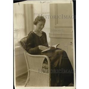 1919 Press Photo Augueta Glass - nex39345