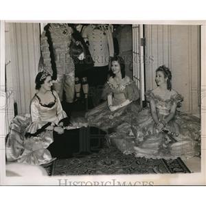 1938 Press Photo Mrs. Douglas Stralem, Mrs. Wolcott Andrews. Mrs. Freling Huysen