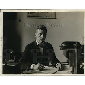 1918 Press Photo Weights and Measures Commissioner, John Hartigan