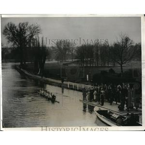 1931 Press Photo Oxford crew at practice on Thames River - nes23459