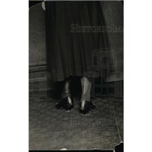 1918 Press Photo The shoe fashion of the eighteenth century