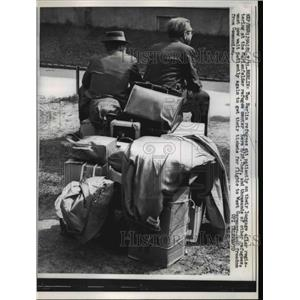 1961 Press Photo Berlin Germany refugees at Marenfelder for flight to W Germany