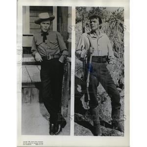 1957 Press Photo Frank Sinatra in Johnny Cocho & The Pride & The Passion