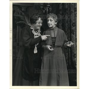 1942 Press Photo Laura Hope Crews and Effie Shannon in Arsenic and Old Lace