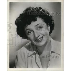 1949 Press Photo Molly Picon at Hollenden Vogue Room