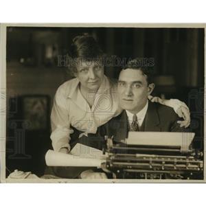 1918 Press Photo Mr & Mrs Edgar Selwyn theatrical producers