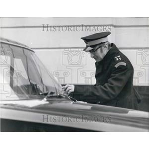 "1969 Press Photo Spike Milligan as Traffic Warden in ""The Magic Christian"""