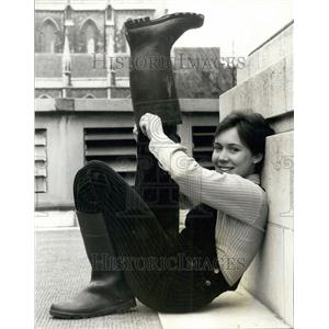 1977 Press Photo Hazel Maycock ,Rada top student