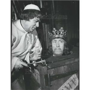 Press Photo Fernandel Plays The Good King Dagobert