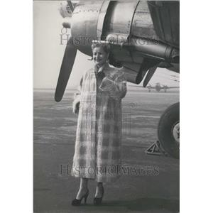 1953 Press Photo Fashion at le Bqurget Airfield Mannequin From Waser