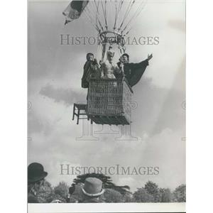 1975 Press Photo Glenda Jackson Anthony Smith Daniel Massey Star Sarah Bernhardt