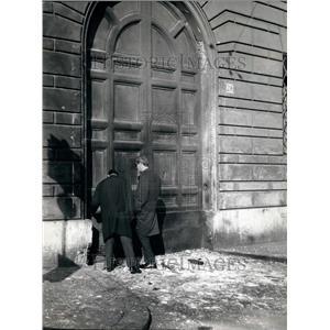 Press Photo Door of Gendarmery in the Vatican City where bomb was found