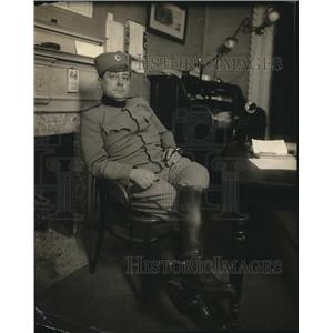 1918 Press Photo Capt Sadan Gayitch Serbian officer recruiting in NY