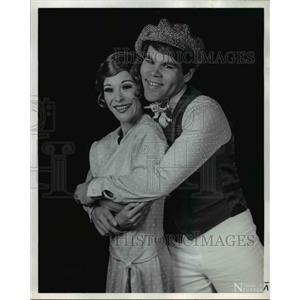 "1973 Press Photo Dottie Shleifer and Richard Hurst in ""The Boy Friend"""