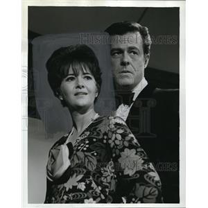 1965 Press Photo Joanne Linville and Robert Culp star in I Spy - orp17744