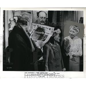 "1956 Press Photo Katie Johnson Alec Guinness ""The Ladykillers"" - orp16686"