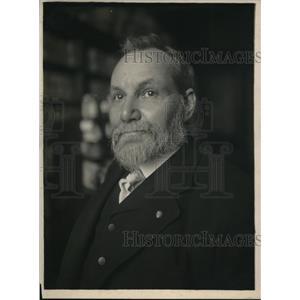 1918 Press Photo Dr. Thomas H. Norton, Dye Expert and Chemist