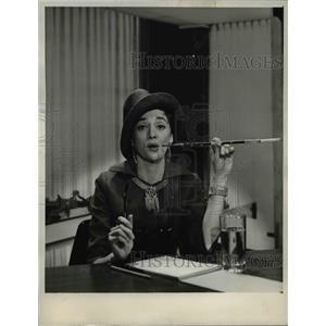 1964 Press Photo Barbara Heller stars in The Jackie Gleason Show - orp16511