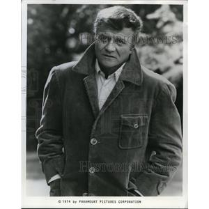 "1975 Press Photo Brian Keith in ""Archer"" - orp17202"