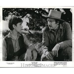 "1958 Press Photo Tommy Kirk and Fess Parker in ""Old Yeller"" - orp16691"