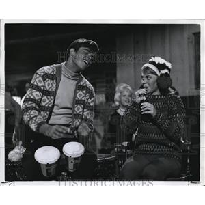 1962 Press Photo Robert Logan Kathy Bennett The Snow Job Caper