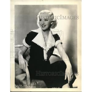 Press Photo Dixie Lee Actress and Singer on Shell Chateau Radio Program