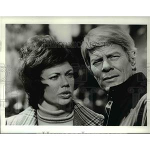 1974 Press Photo Jo ann and Peter Graves in Scream of the Wolf - orp15258