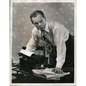 1947 Press Photo Myron McCormick, veteran Broadway stage actor
